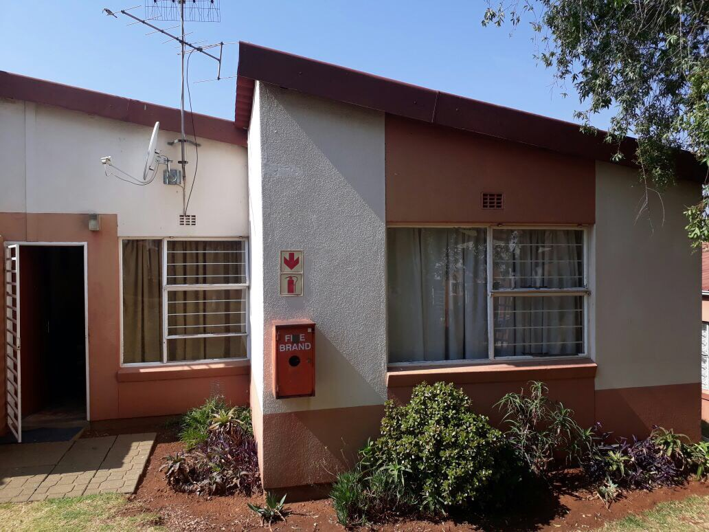 3 Bedroom Townhouse for sale in Ridgeway ENT0074938 : photo#0