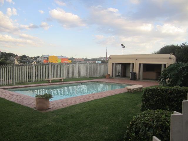 2 BedroomApartment For Sale In Weltevredenpark & Ext