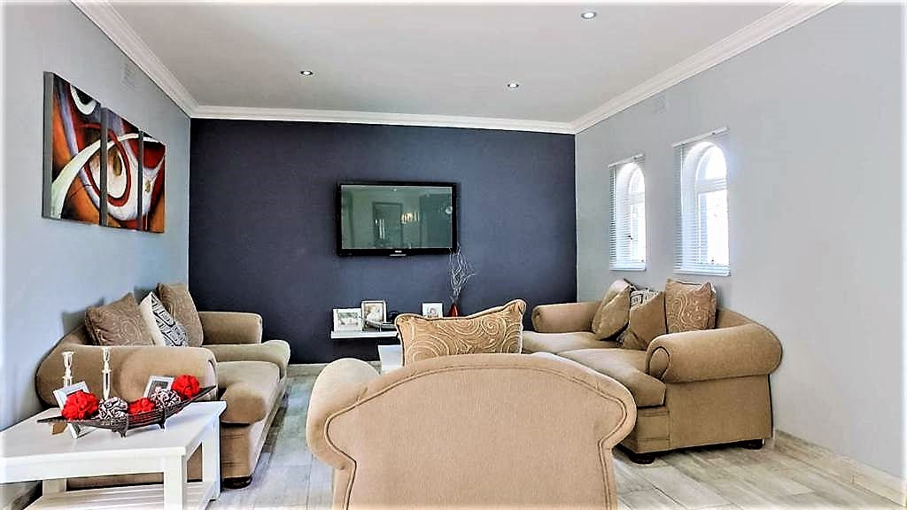 property-5442837-2360989_sd.jpeg