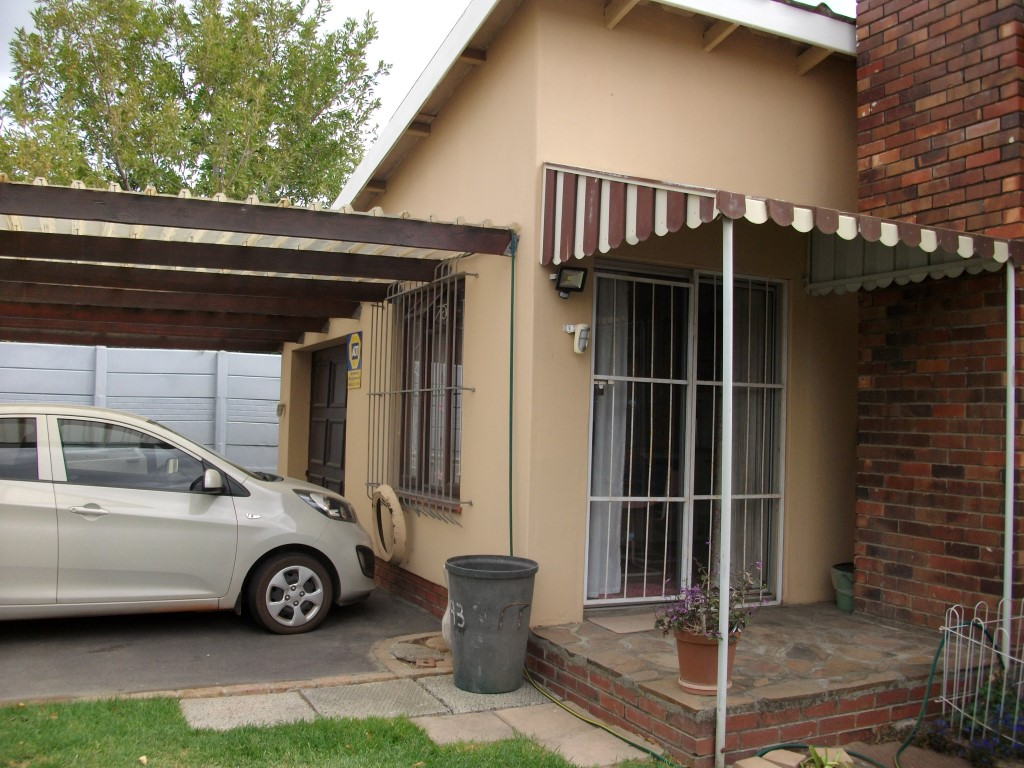 4 Bedroom House for sale in Strand ENT0022683 : photo#3