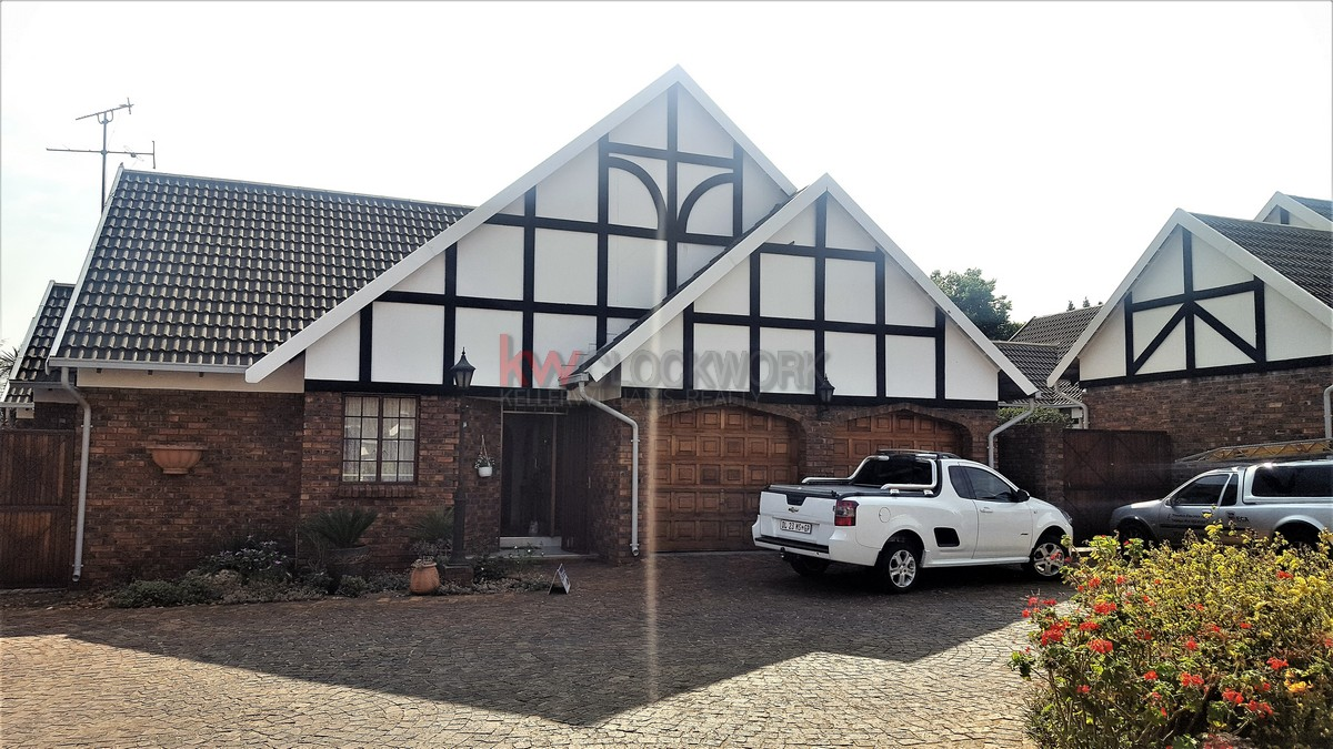 3 BedroomTownhouse For Sale In Meyersdal