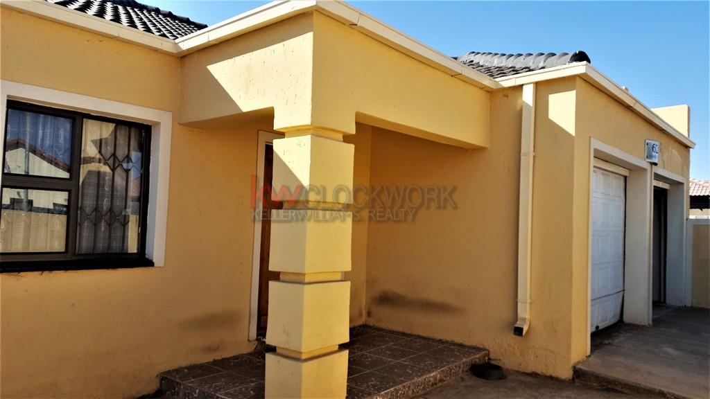 4 Bedroom House for Sale in Dobsonville Gardens Soweto