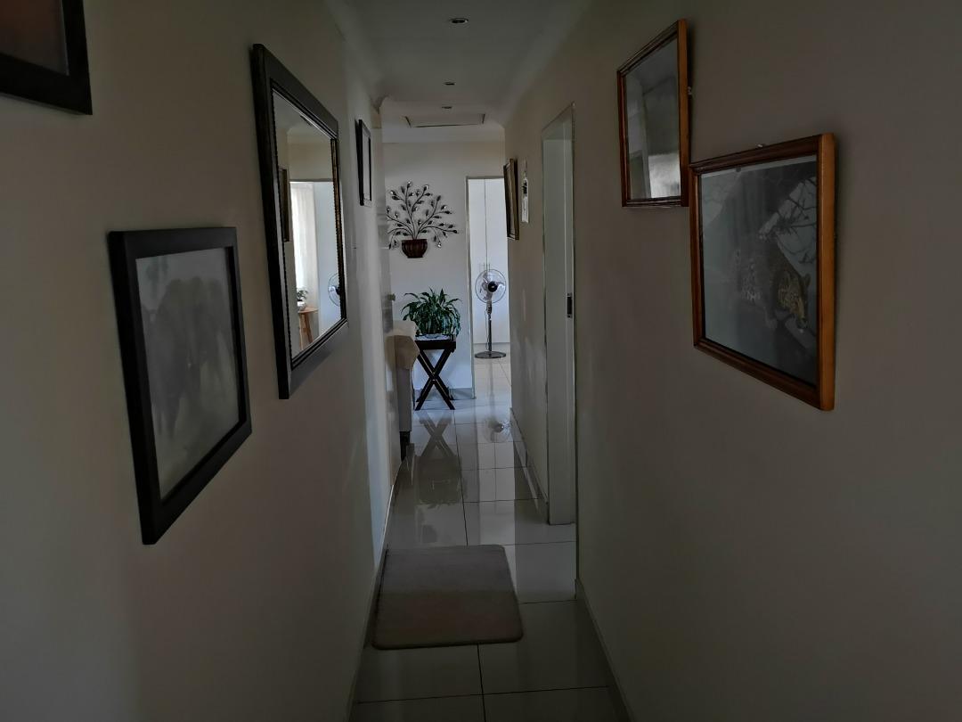 Eldoraigne X18 - 3 Bedroom Family Home + 1 Bedroom Flatlet