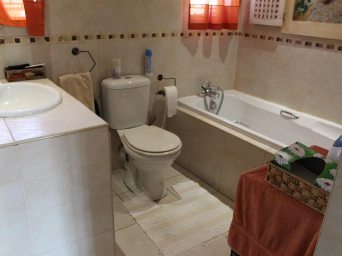 3 Bedroom House for sale in Verwoerdpark ENT0071268 : photo#10
