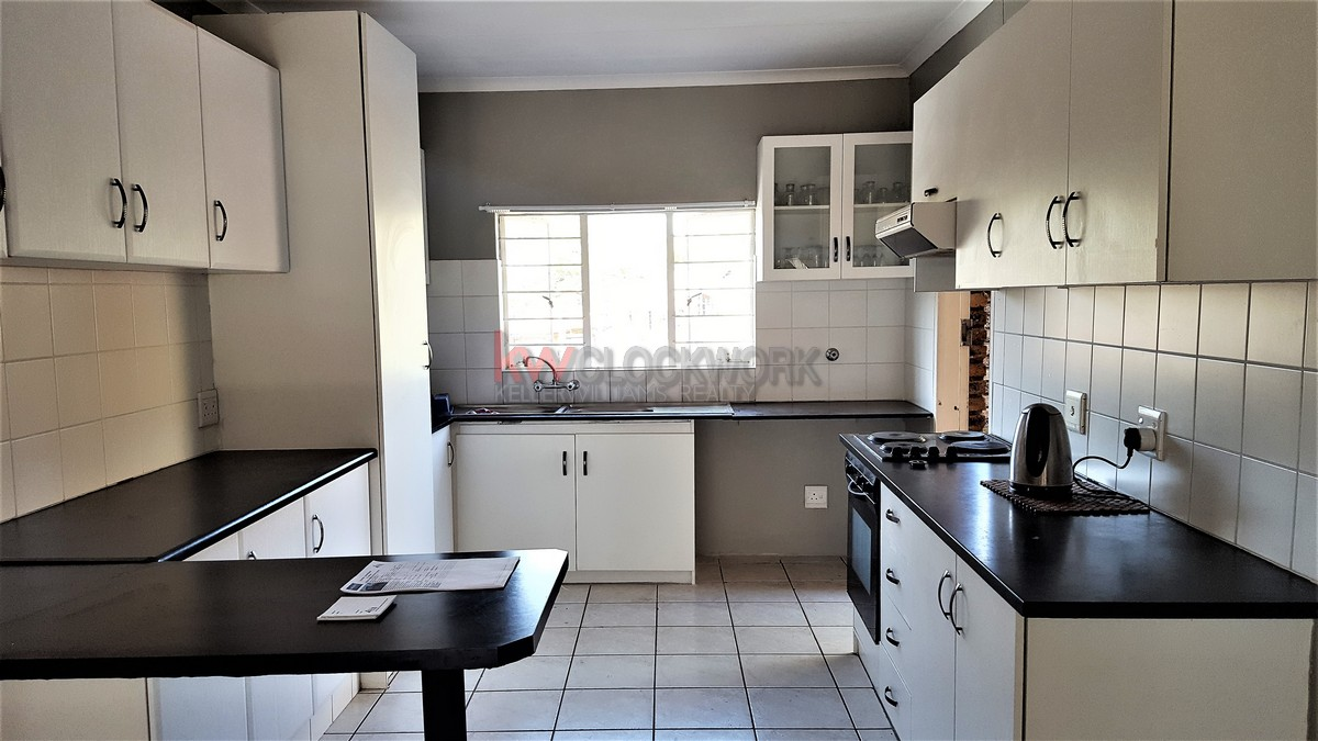 3 Bedroom Townhouse for sale in Glenvista ENT0067829 : photo#2