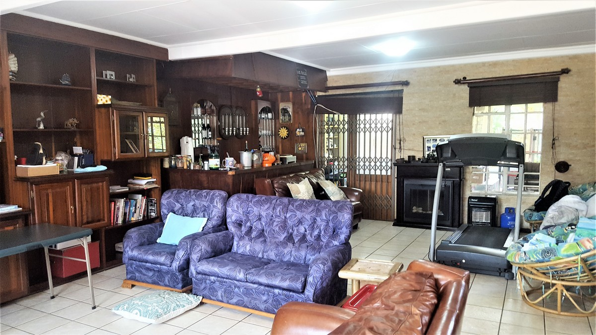 4 Bedroom House for sale in Verwoerdpark ENT0079262 : photo#12