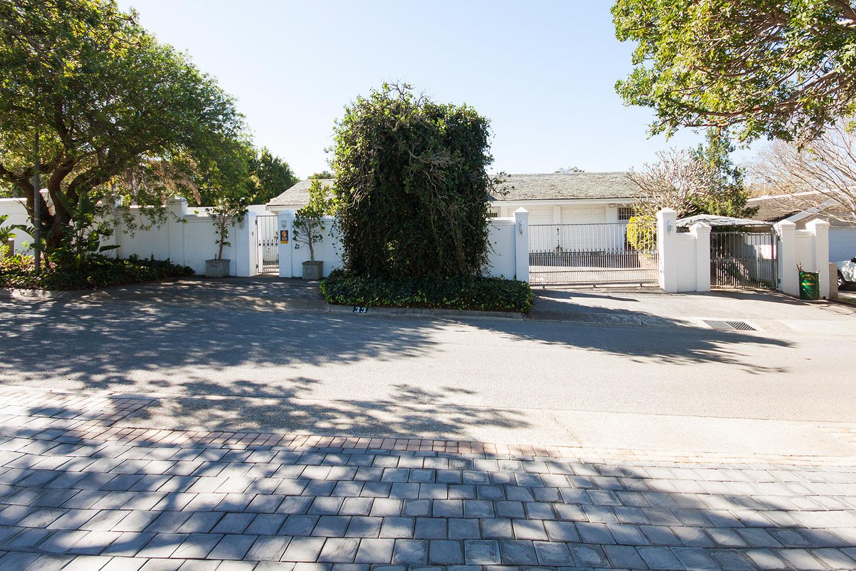 4 BedroomHouse For Sale In Linkside
