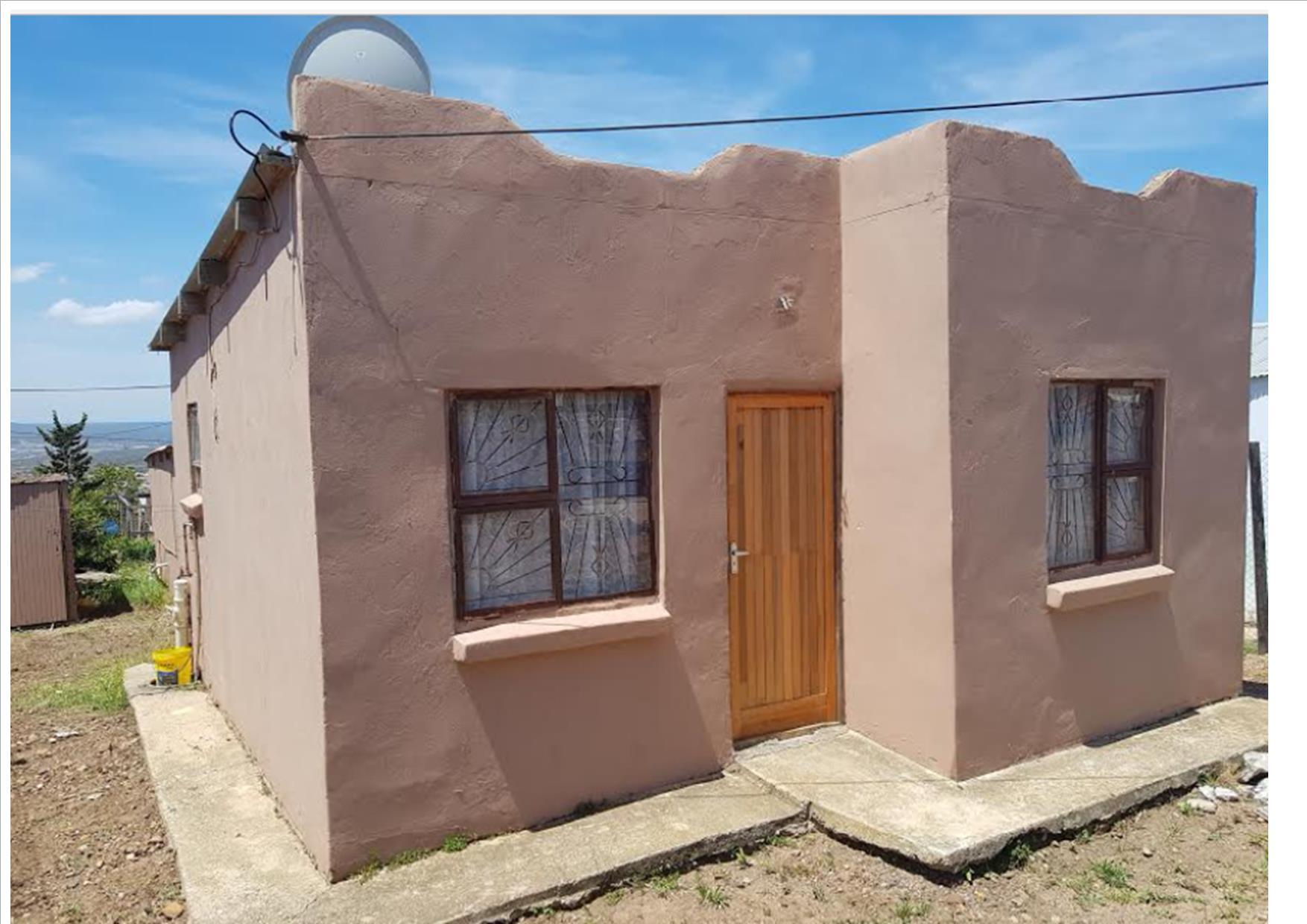 3 BedroomHouse Pending Sale In Uitenhage Central