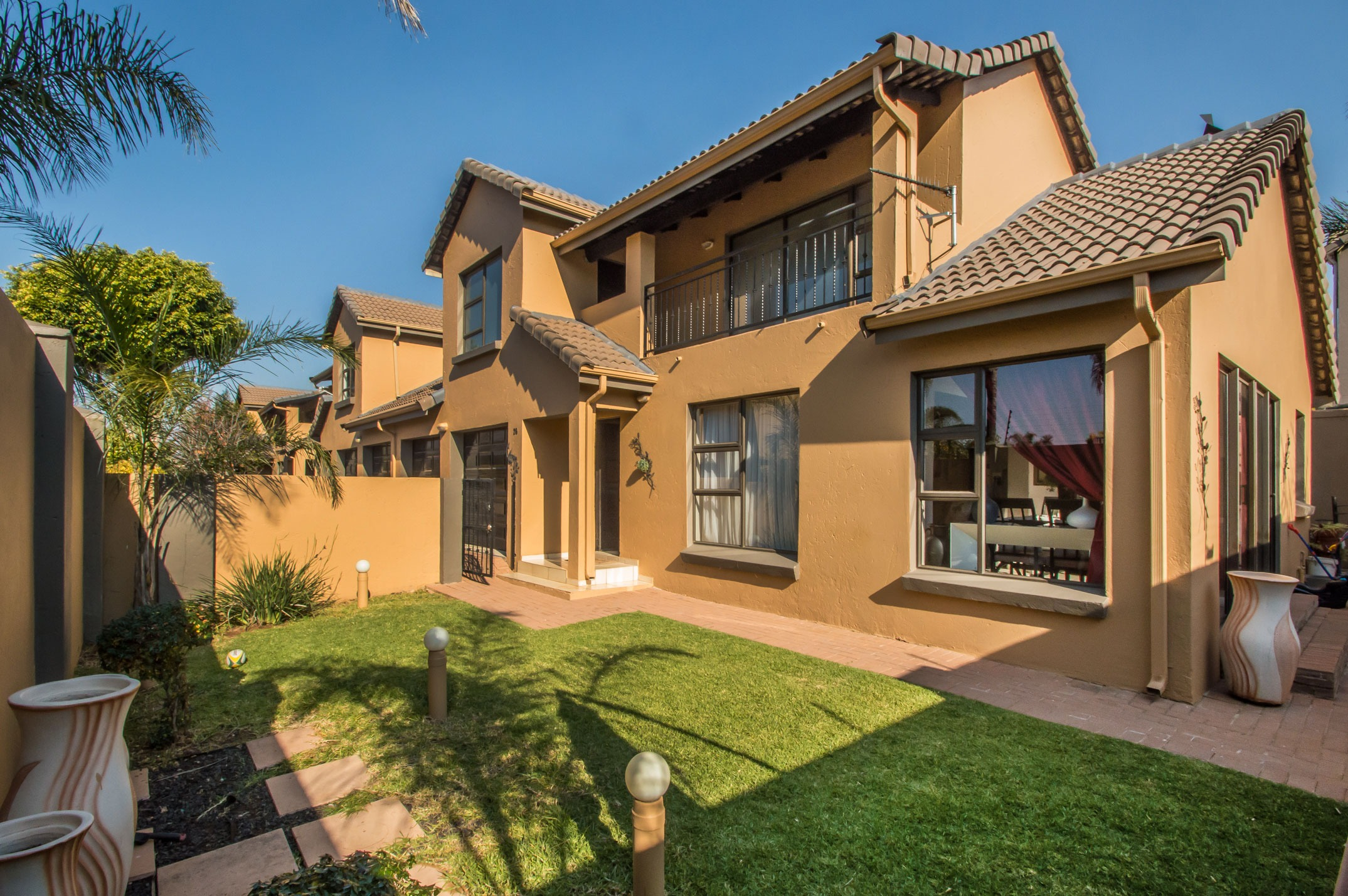 2 Bedroom Townhouse in Amorosa, Ruimsig
