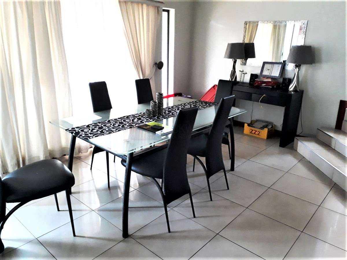 4 Bedroom House for sale in South Crest ENT0077921 : photo#17
