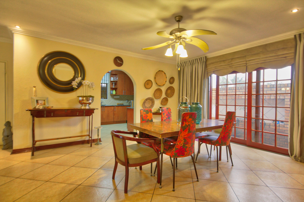 3 BedroomCluster For Sale In New Market