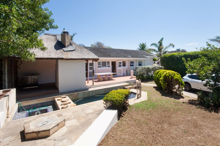 4 BedroomHouse For Sale In Mangold Park