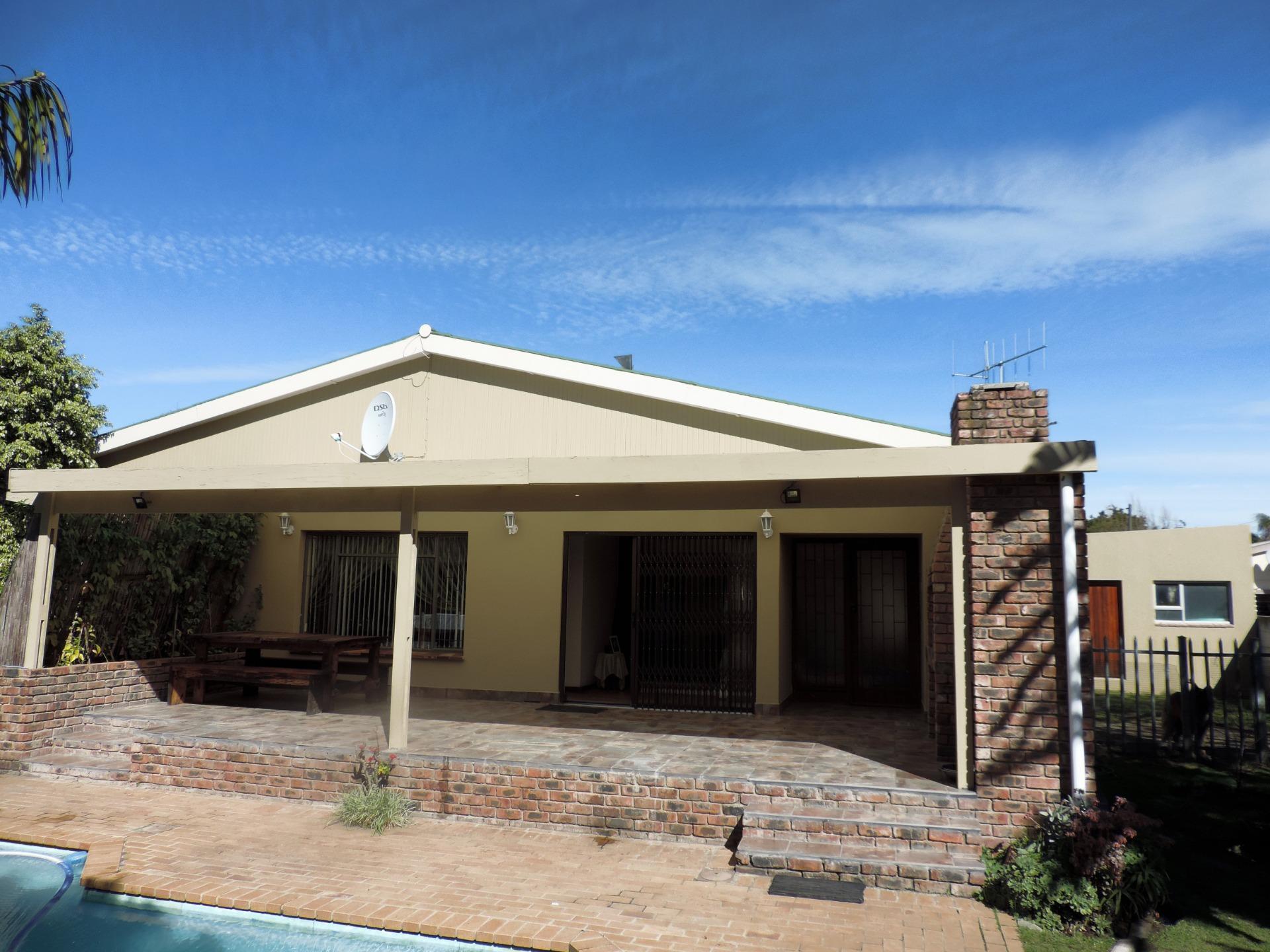 House For Sale in Dormehlsdrift