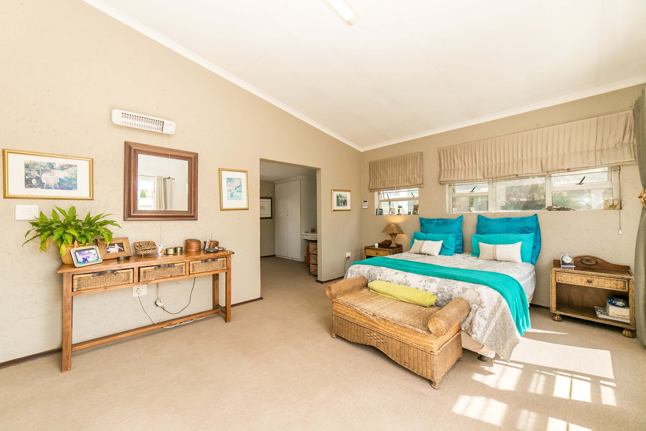 4 Bedroom House for sale in Lonehill ENT0082001 : photo#14