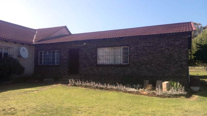 Small Holding For Sale in Greylingstad