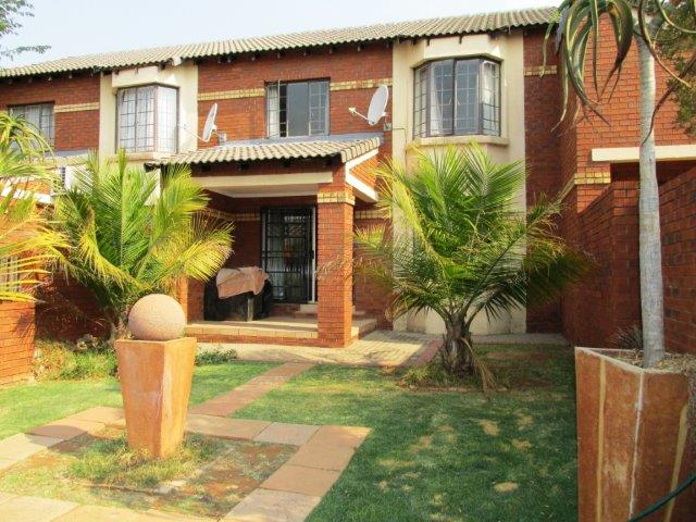 2 Bedroom Townhouse for sale in Monavoni ENT0008204 : photo#0