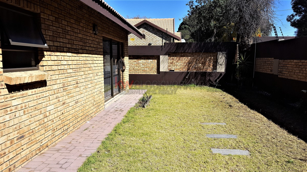 3 Bedroom Townhouse for sale in New Redruth ENT0055405 : photo#11