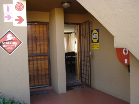 2 Bedroom Townhouse for sale in Glenvista ENT0010474 : photo#0