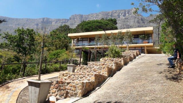 5 BedroomHouse For Sale In Oranjezicht