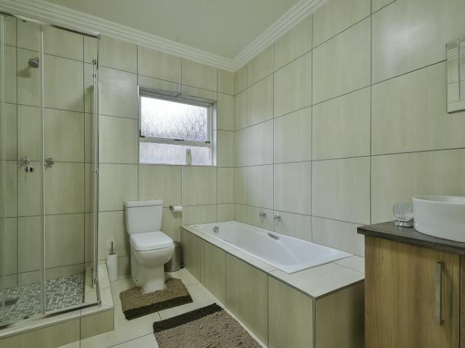 4 Bedroom House for sale in Randhart ENT0074524 : photo#9