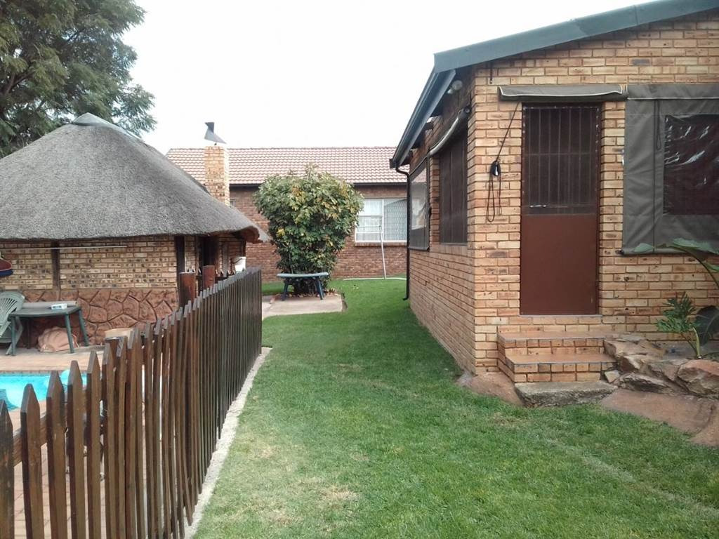 3 Bedroom House for sale in Alberton North ENT0092193 : photo#2
