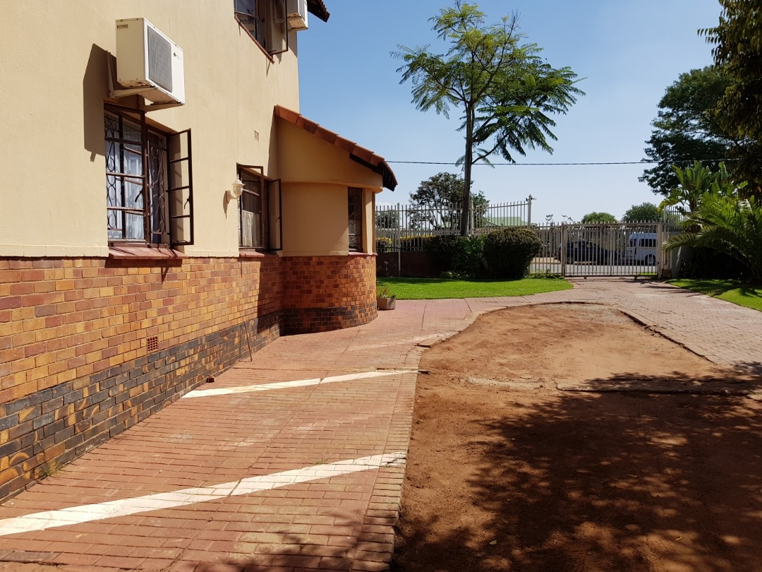 Perfectly Located Guesthouse For Sale (Load Shed Free)