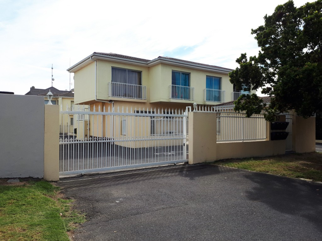 2 BedroomApartment For Sale In Table View