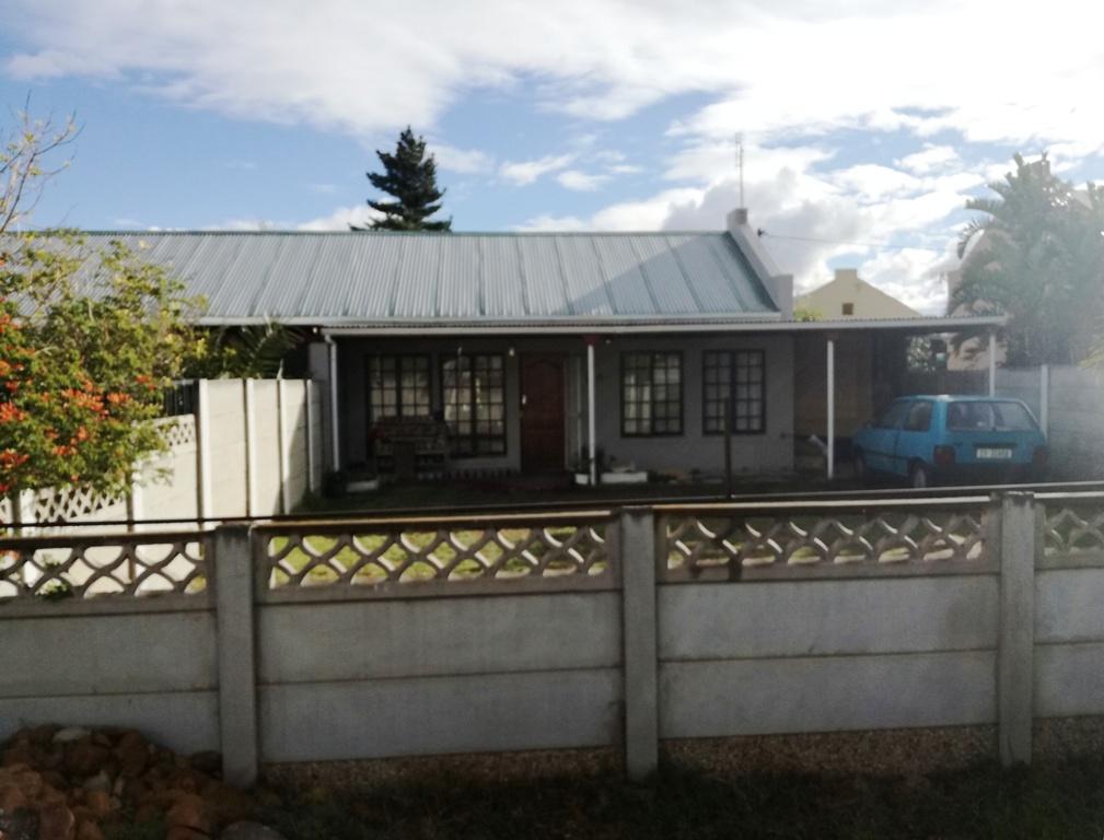 Affordable beginner's home