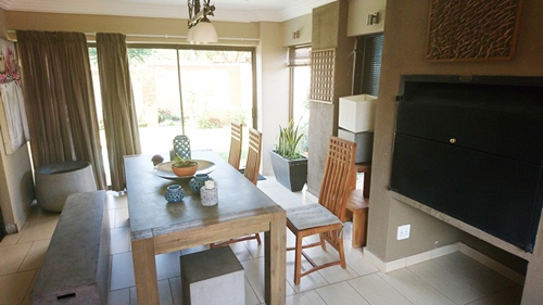 4 Bedroom House for sale in Olympus ENT0079759 : photo#9