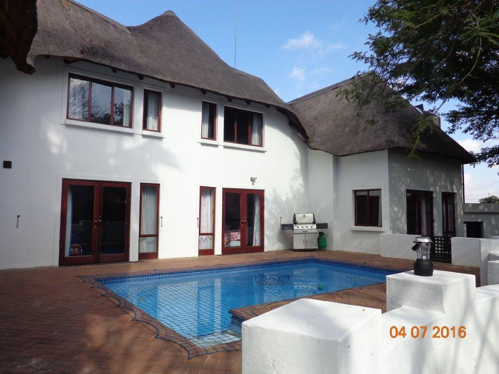 Home, Office or Guesthouse in Waterkloof Ridge