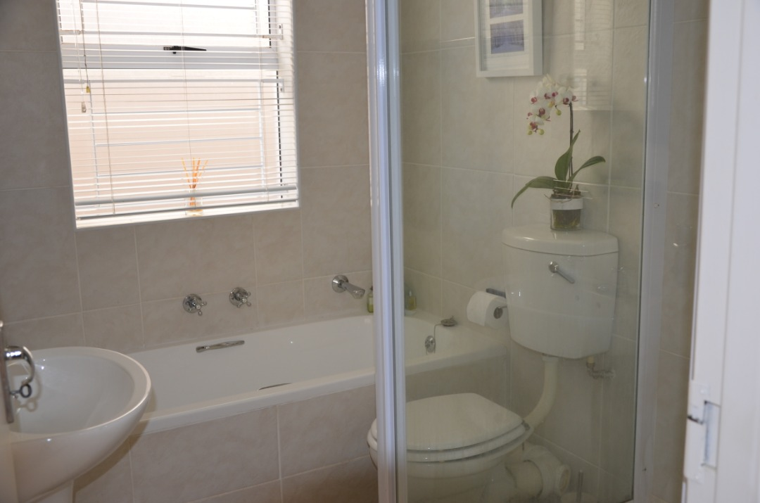 bath 1.jpeg