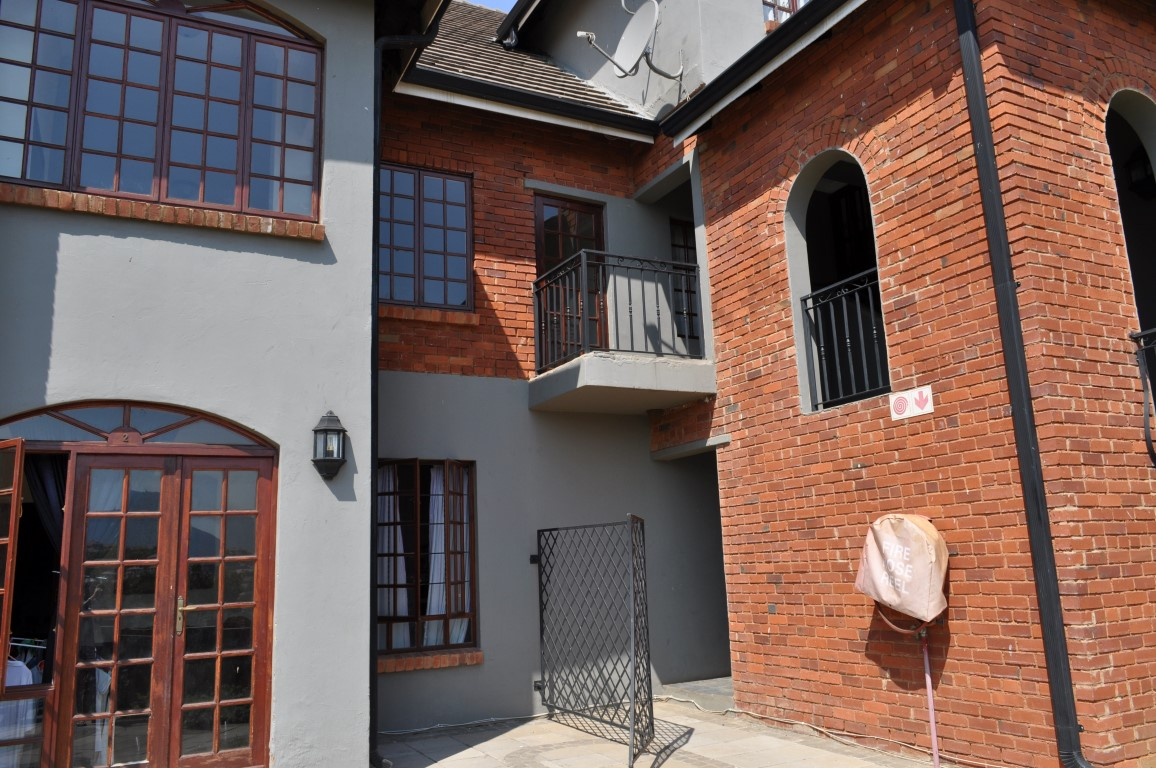 3 BedroomApartment To Rent In Ifafi