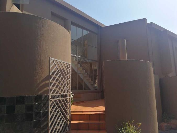 2 Bedroom Townhouse for sale in Bassonia ENT0067951 : photo#0