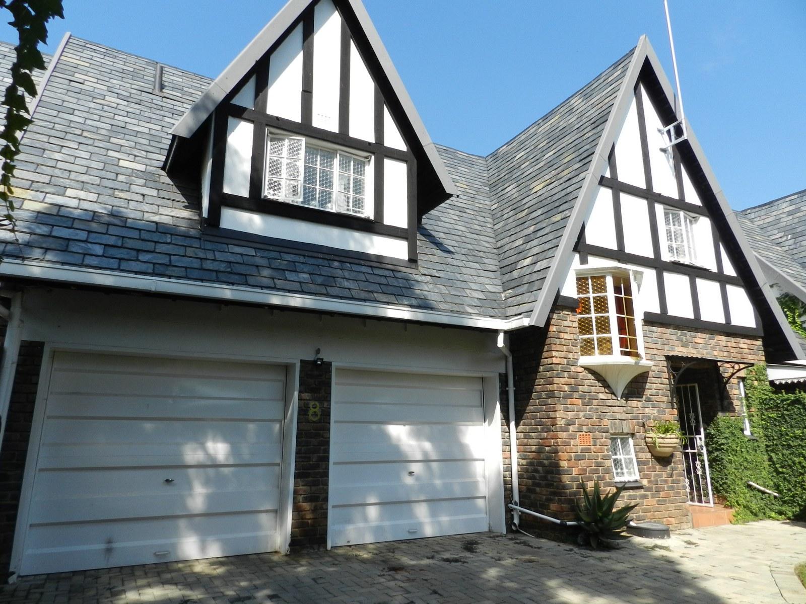 3 BedroomTownhouse For Sale In Grimbeeck Park