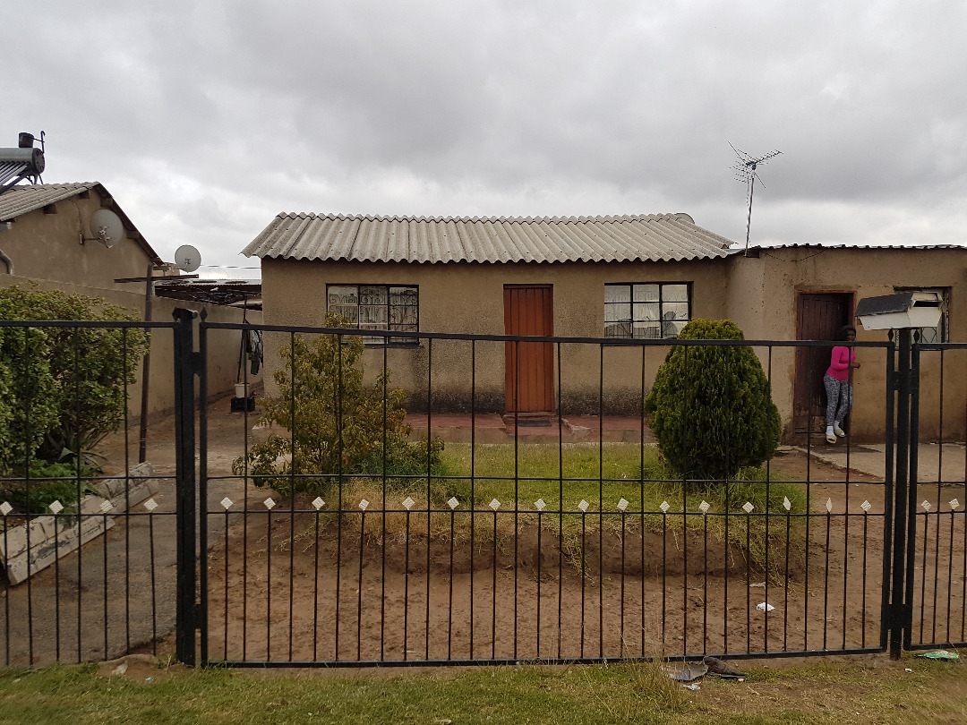 2 BedroomHouse For Sale In Umthambeka
