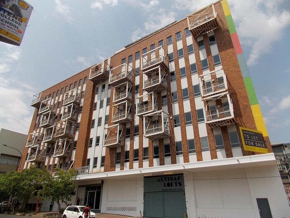 1 Bedroom Studio Apartment In Maboneng Precinct