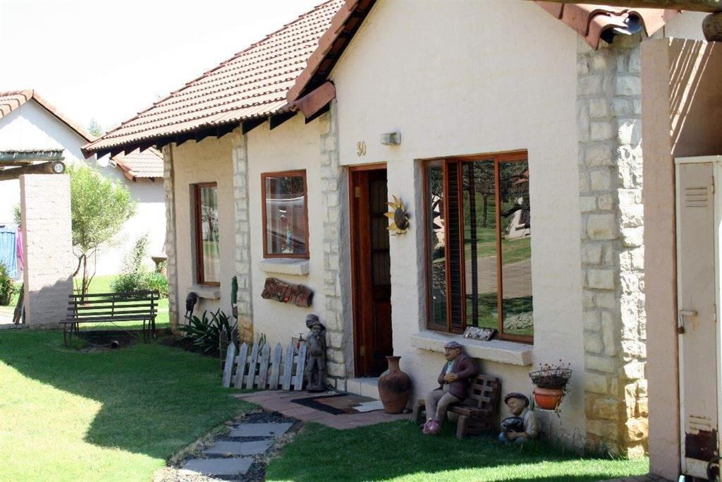 3 BedroomTownhouse For Sale In The Coves