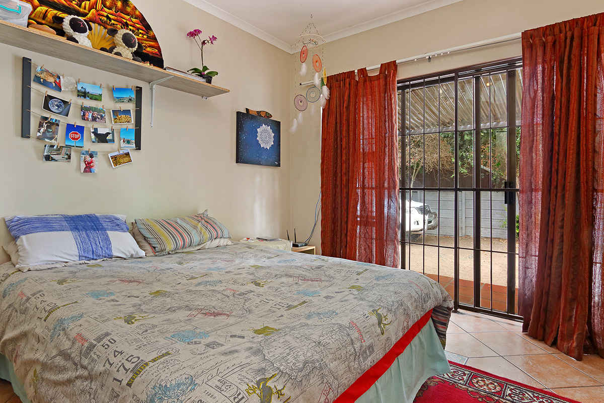 5 BedroomHouse For Sale In Vredekloof