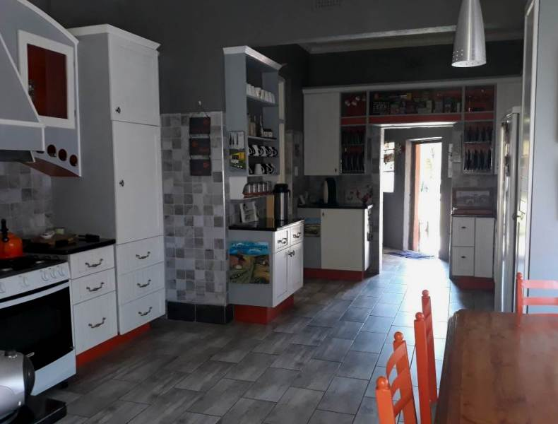 4 Bedroom House for sale in Florentia ENT0079846 : photo#16
