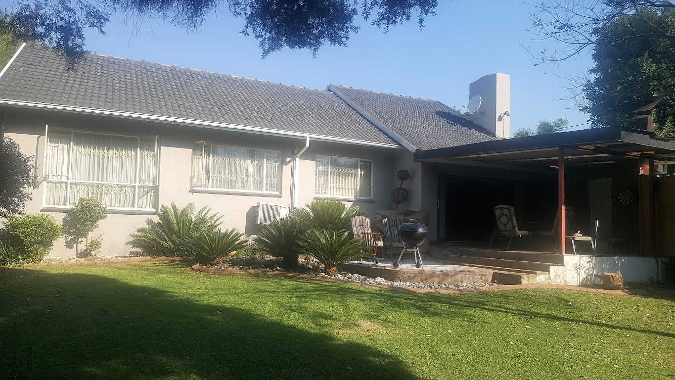 4 Bedroom House for sale in Kempton Park Ext 4 ENT0031084 : photo#0