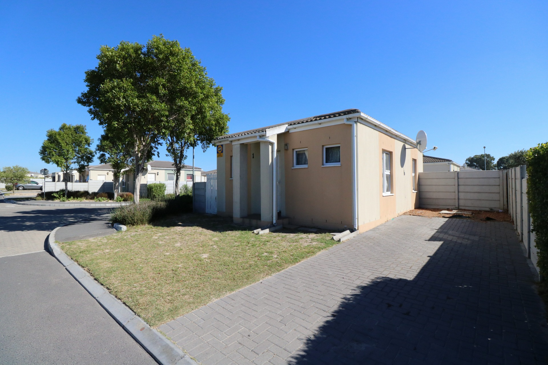 2 BedroomHouse For Sale In Blue Downs