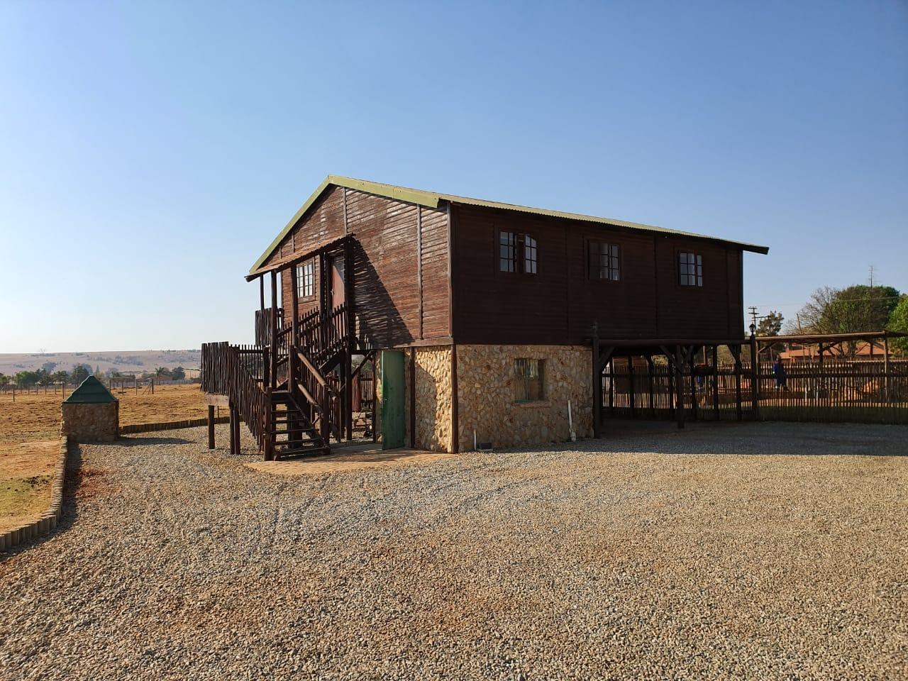 +- 9ha Farm for Sale in Helderblom AH