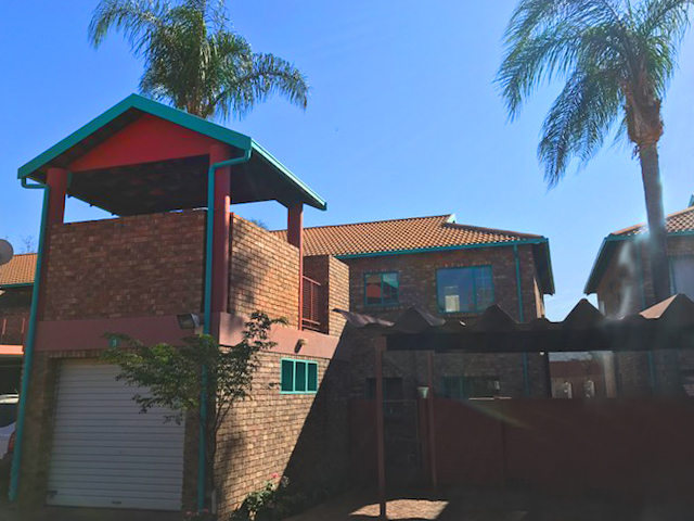 2 Bedroom Apartment is for sale in Mayville, Pretoria Noord.