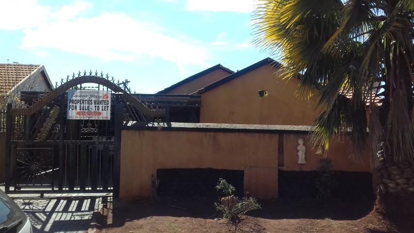 3 BedroomHouse For Sale In Ga Rankuwa