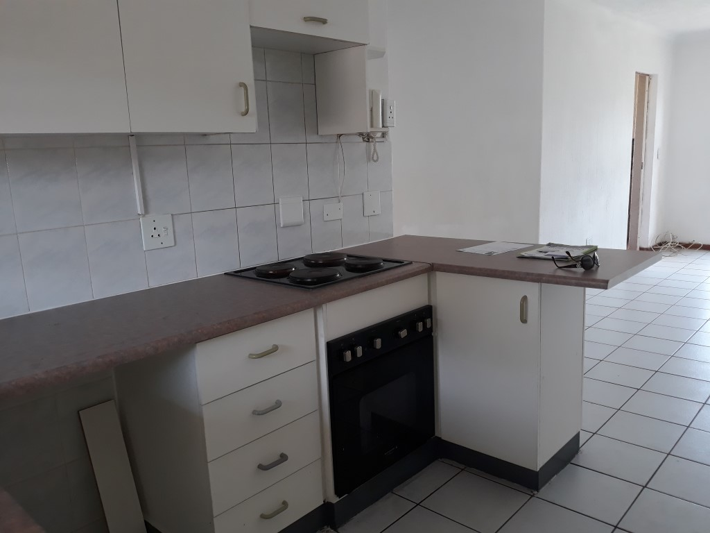2 Bedroom Townhouse for sale in Glenanda ENT0079386 : photo#2