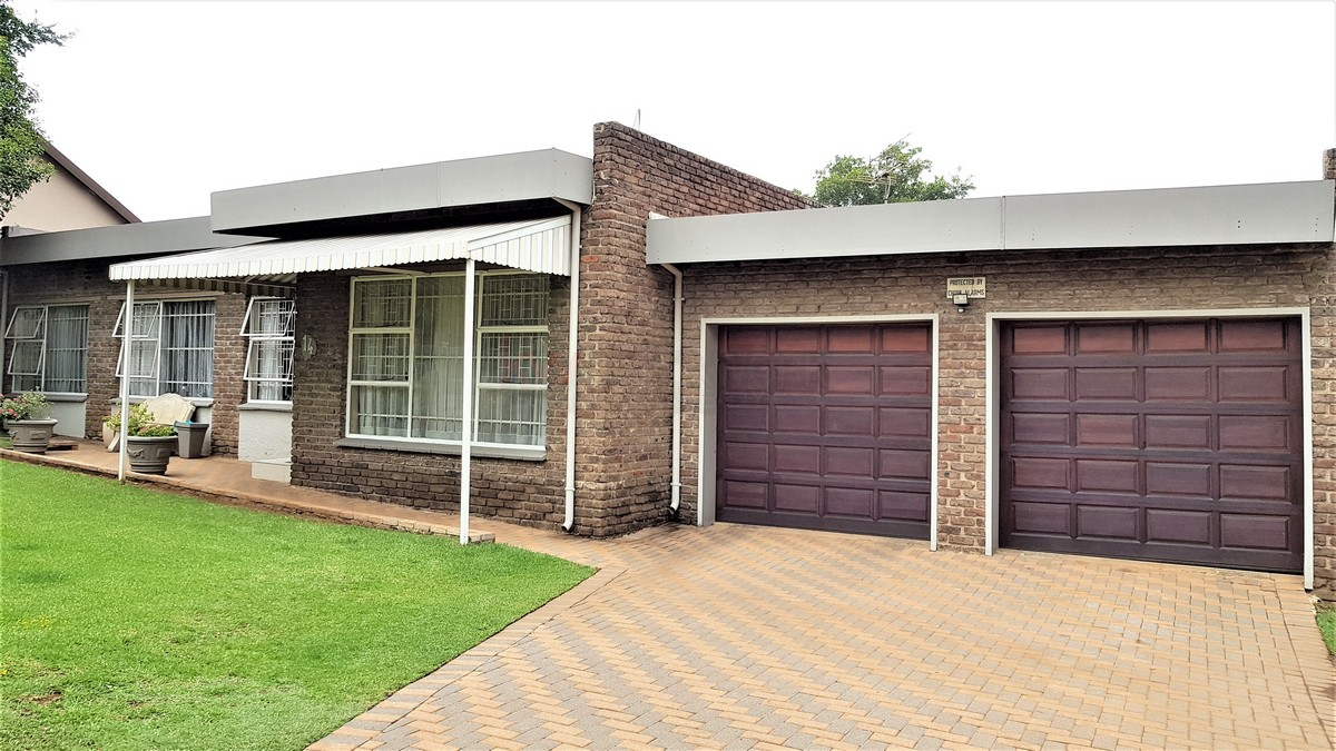 3 Bedroom House for sale in Verwoerdpark ENT0084386 : photo#0