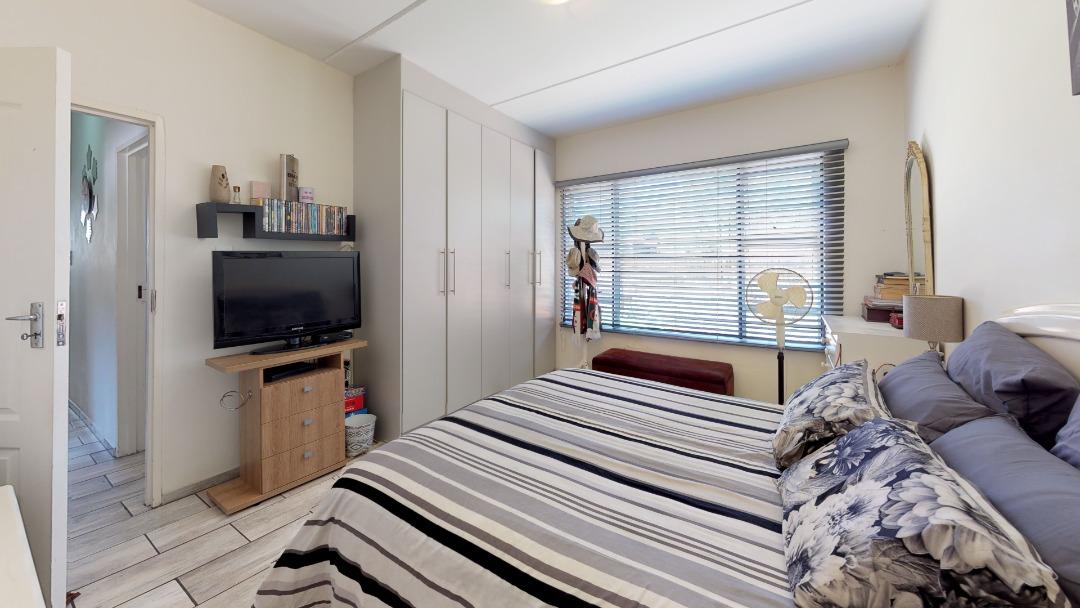 1-Sunny-side-Ridge-Bedroom.jpeg