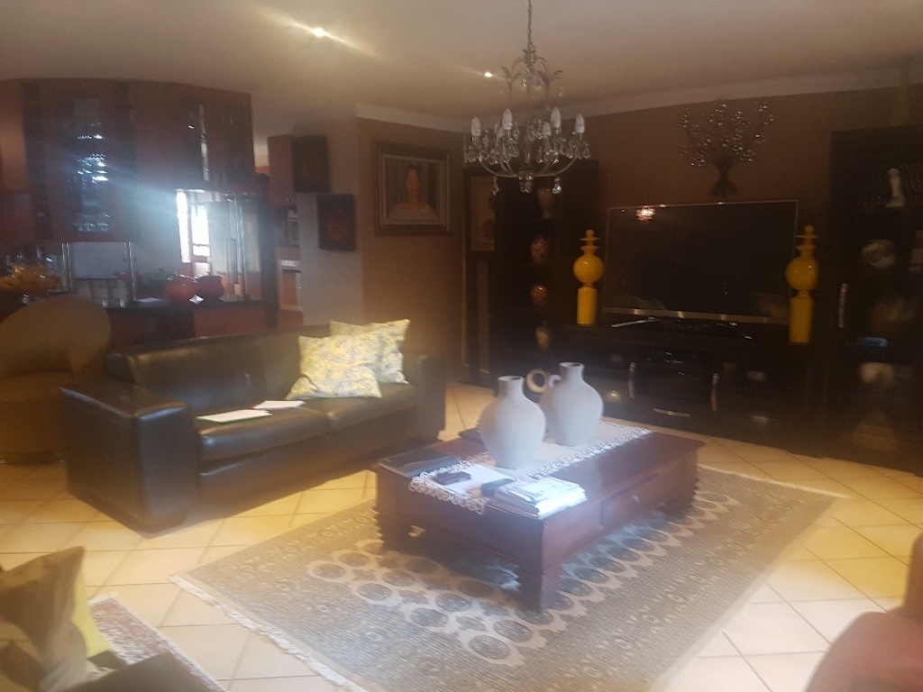 4 Bedroom House for sale in Montana ENT0046967 : photo#2