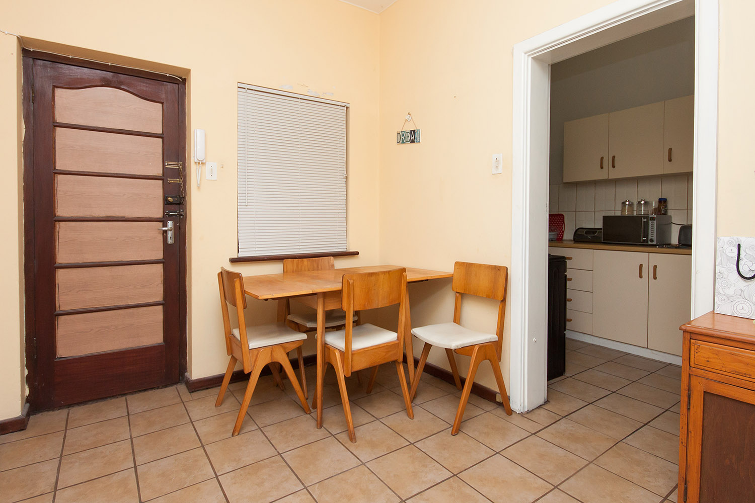 2 Bedroom Apartment pending sale in Humewood ENT0048095 : photo#11