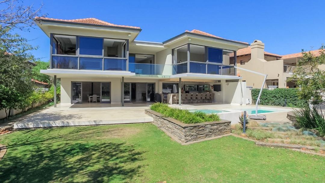 Dramatically Designed & Bespoke Luxury Home!
